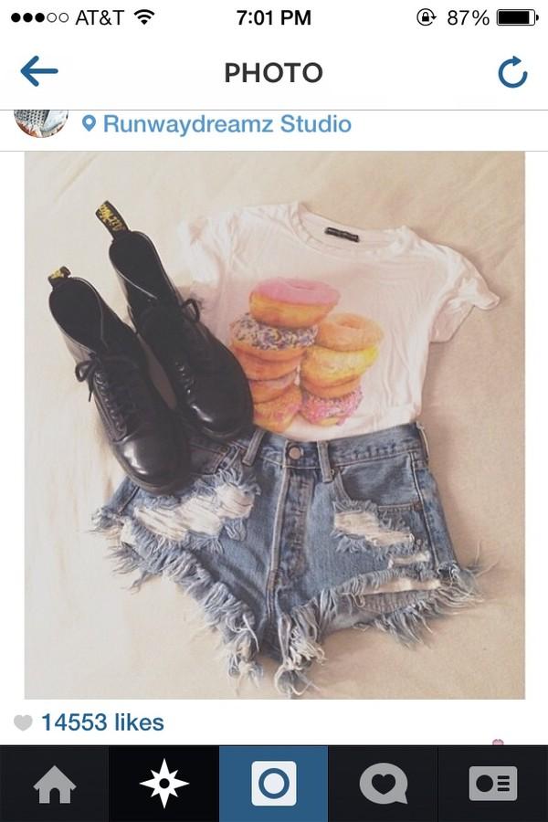 shirt donut white crop tops cute shorts shoes