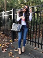 mrscasual,blogger,jacket,t-shirt,jeans,shoes,bag,sunglasses,vest,fall outfits,ankle boots