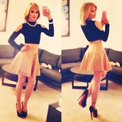 top,youtube,trans,youtuber,gorgeous,skirt,long sleeves