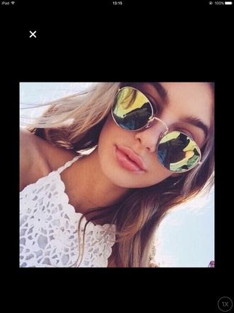 sunglasses yellow summer beach top lace round sunglasses mirrored sunglasses sun mxlisa.xo aviator sunglasses summer outfits summer accessories summer top summer beauty summer holidays beautiful cute cute top