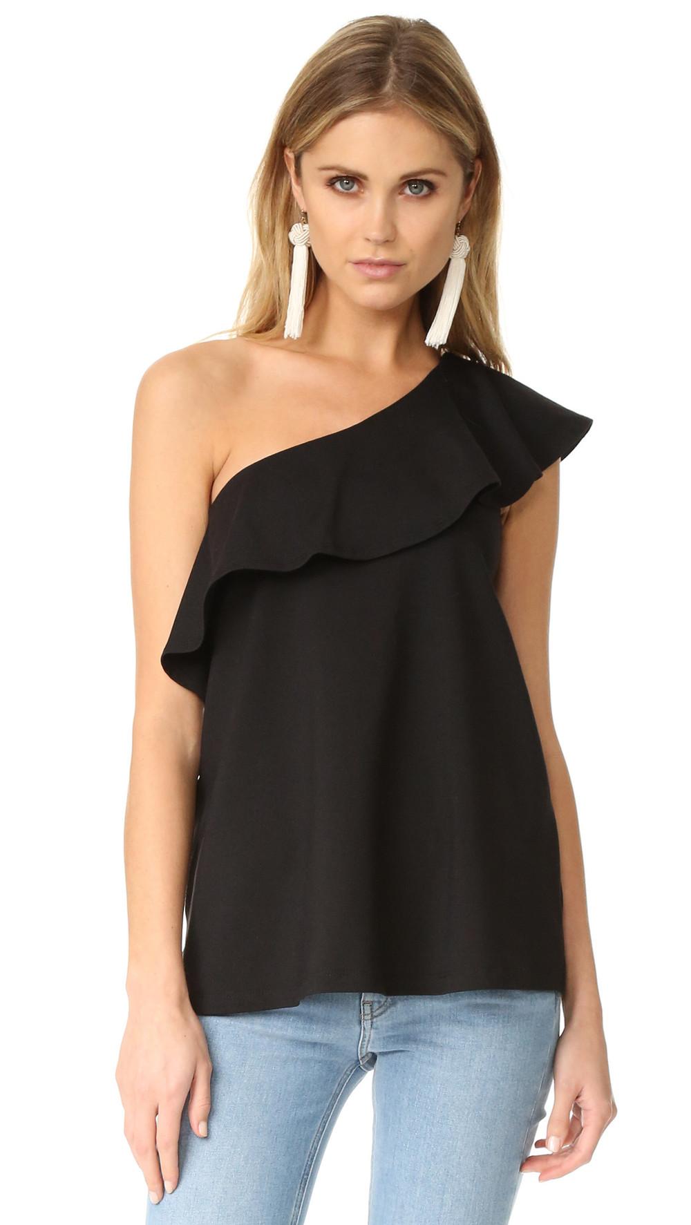 Блуза с открытыми плечами и воланом своими руками Дизайнерская одежда 56