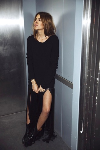 lefashion blogger dress shoes long sleeves slit dress black dress sweater dress