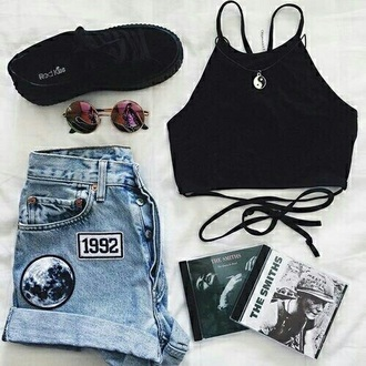 shorts 90s style aesthetic grunge soft grunge patch pastel tumblr girl moon denim shorts 90s grunge the smiths