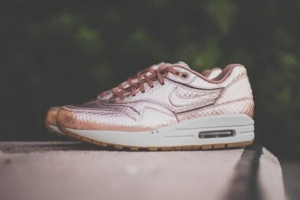 shoes nike air air max air max nike air max 90 nike air max 1 nike sneakers nike shoes pink air max gold
