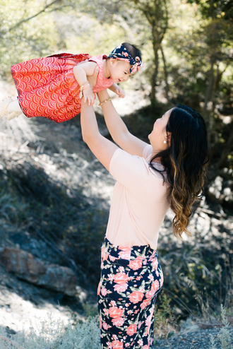 sandy a la mode blogger top skirt shoes jewels dress mother and child