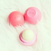 lipstick,nude lipstick,eos,lip balm,natural makeup look,face care