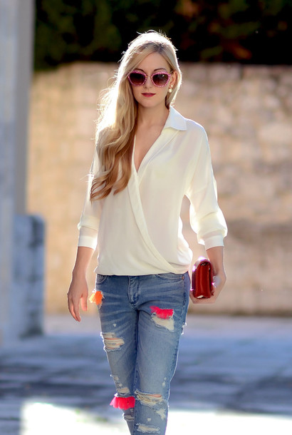 63eyni-l-610x610-oh+vogue-blogger-jeans-blouse-bag-sunglasses-clutch-denim-ripped+jeans.jpg