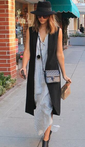 hat jessica alba dress vest purse spring outfits sunglasses