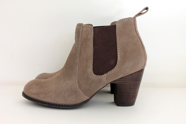 light brown chelsea boots ankle boots shoes boots