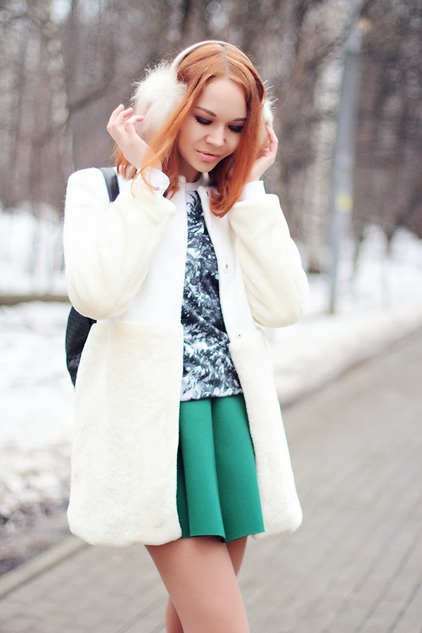 gvozdishe coat sweater skirt shoes