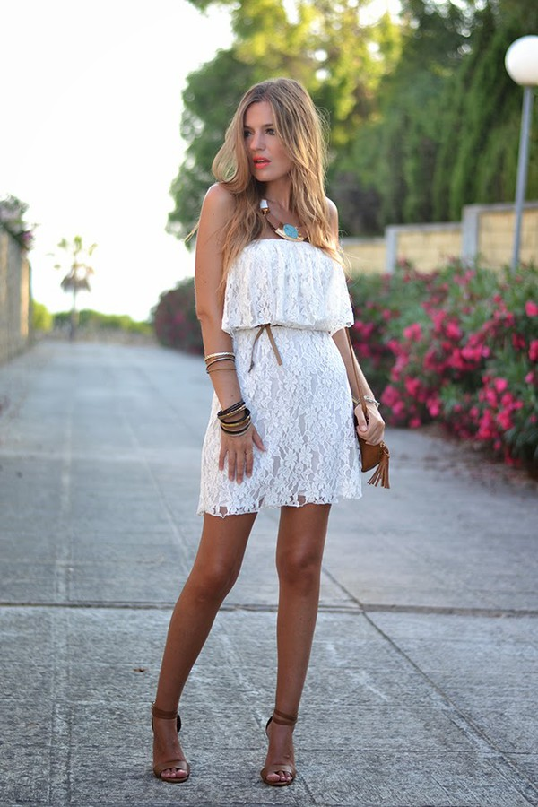 mi aventura con la moda bag t-shirt jewels shoes make-up dress