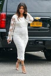 dress,shoes,white dress,kourtney kardashian,curvy,plus size maternity