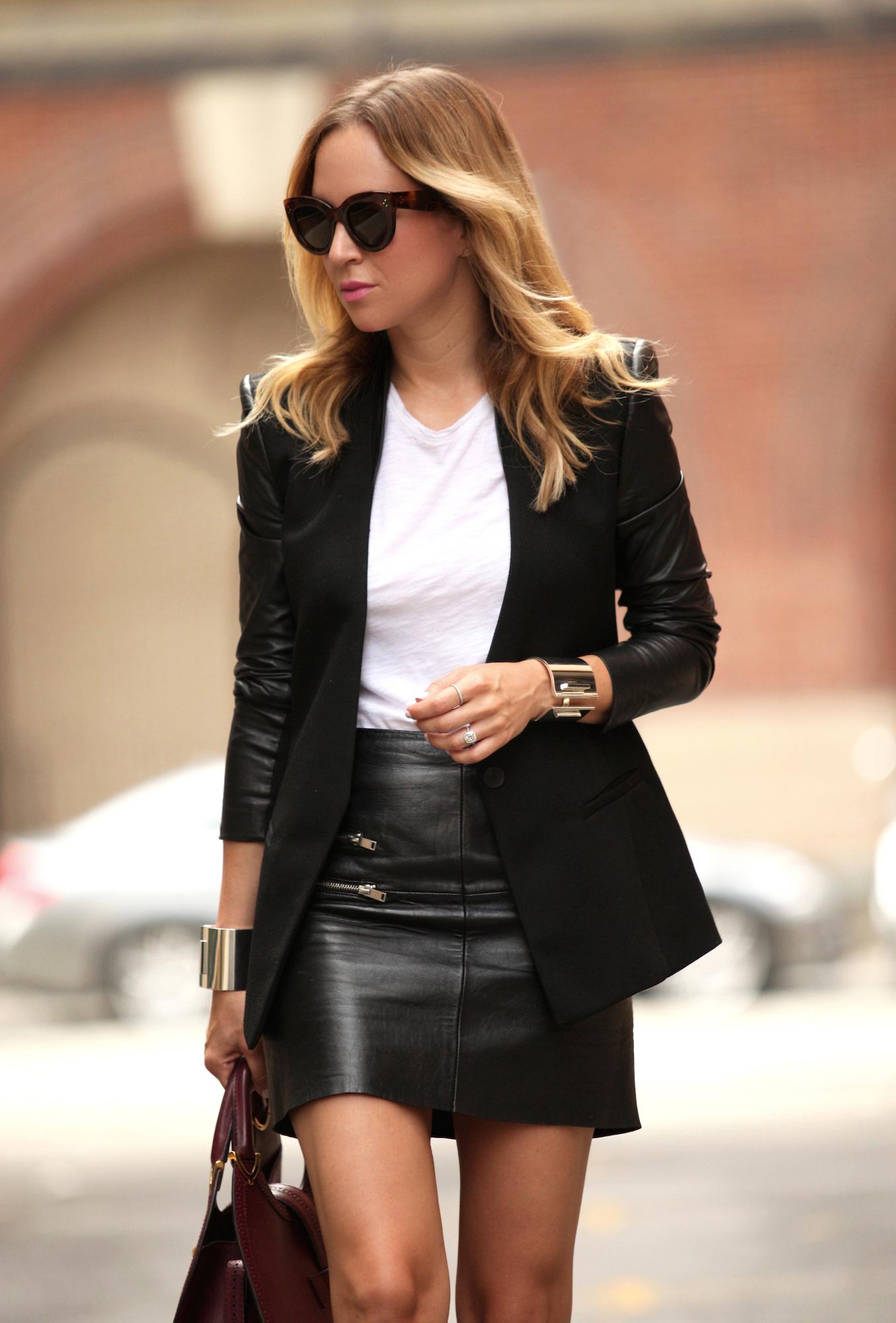 How Brooklyn Blonde's Helena Glazer Wears Tiffany T - Gallery Slide 1