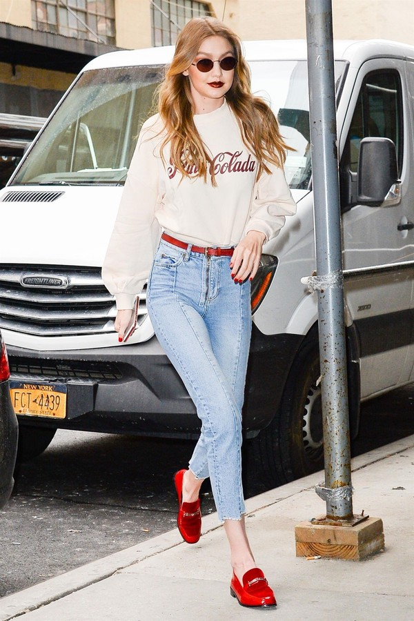 shoes flats jeans denim gigi hadid model off-duty streetstyle sweatshirt sunglasses sweater