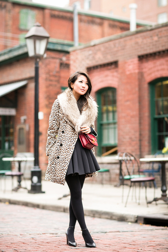 blogger bag fall outfits wendy's lookbook faux fur