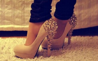 shoes clout? high heels spikes
