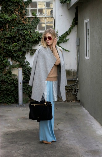 blogger sunglasses devon rachel grey coat camel satchel bag