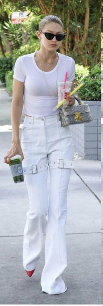 pants gigi hadid white white pants cute hot lady addict