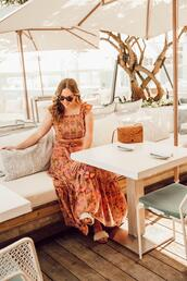 miami + dallas based lifestyle and fashion blog,blogger,top,skirt,jewels,sunglasses,shoes,bag