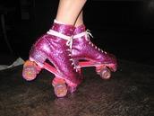 shoes,glitter,roller skates,pink roller skates,girly