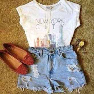 t-shirt shorts shoes new york city denim high waisted denim shorts pumps shirt
