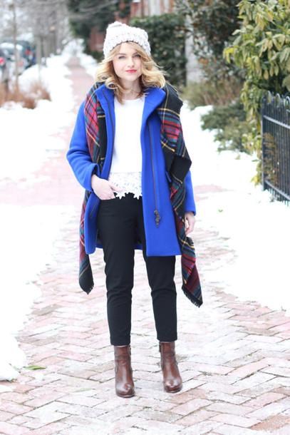 poor little it girl blogger sweater pants shoes coat hat