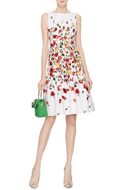 Floral print pleated dress by oscar de la renta moda for Oscar de la renta candles