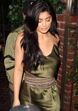 dress waist belt belt kylie jenner kardashians green dress silk dress