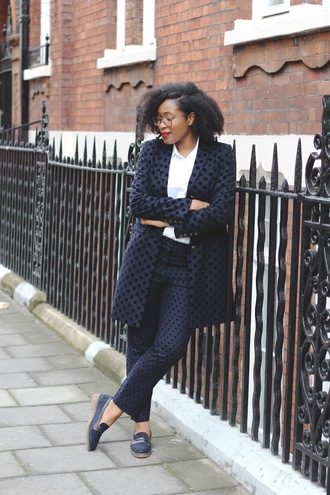 pants tumblr blue pants navy matching set polka dots shoes loafers shirt white shirt coat blue coat