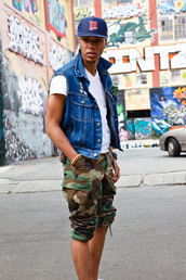 camouflage,cargo pants,pants,jacket