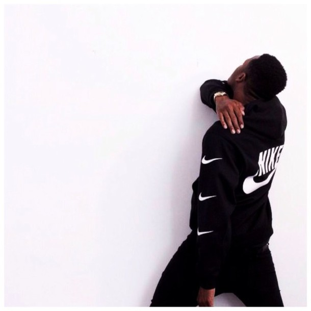sweater black color white color nike air
