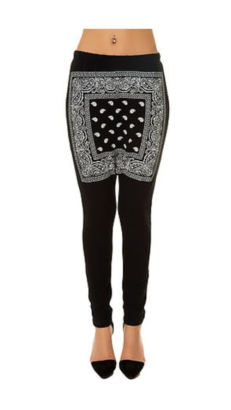 pants leggings printed leggings black bandana