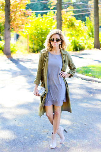 kim tuttle blogger dress grey dress trench coat