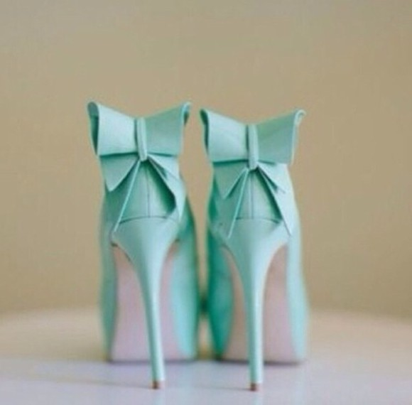 shoes high heels pumps bow cute bows teal aqua aqua high heels blue high heels bows, light blue, pretty, cute, high heels