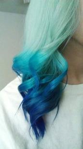 hair,pastel hair,blue hair
