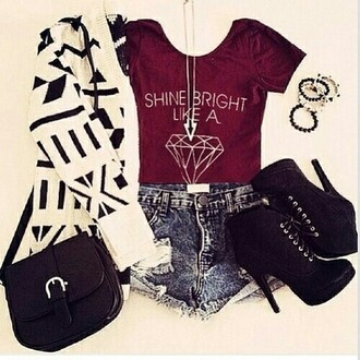 t-shirt shine bright like a diament bordeau short talons bracelets gilet sac colier cardigan top