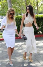 skirt,pumps,top,white,pencil skirt,khloe kardashian,kendall jenner