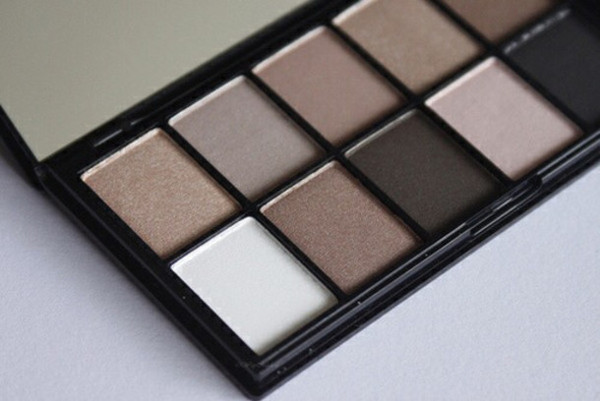 make-up eye shadow makeup palette