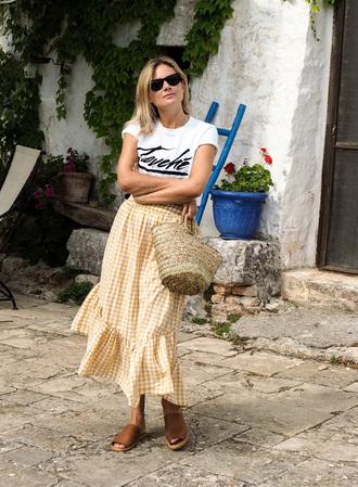 skirt tumblr midi skirt yellow gingham gingham skirt shoes mules t-shirt white t-shirt bag woven bag