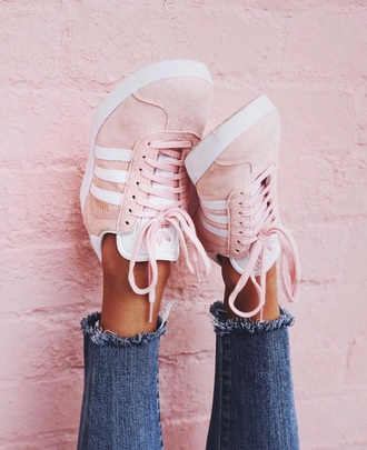 jeans adidas adidas gazelle pink suede blue jeans