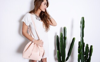 stella wants to die blogger bucket bag pink bag white dress