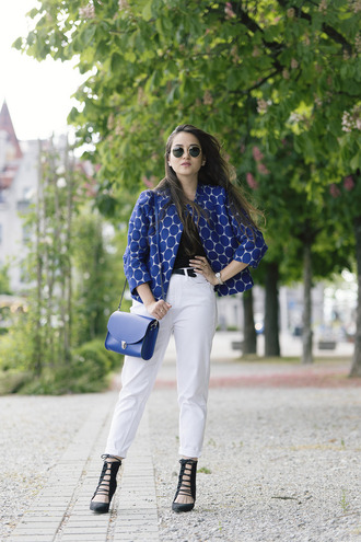 blaastyle blogger blue jacket polka dots pattern jacket spring jacket white pants blue bag round sunglasses