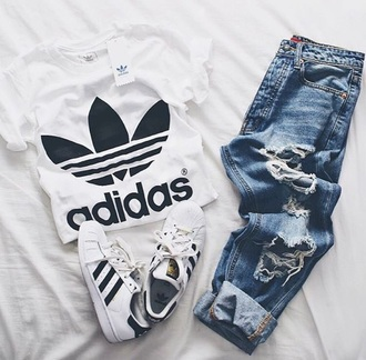 shirt jeans ripped jeans t-shirt white crop tops adidas shoes white t-shirt adidas superstars please help me find this adidas shirt