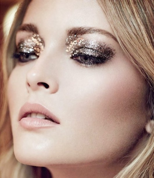 neon rock blogger new year's eve make-up gold glitter blonde hair hair/makeup inspo