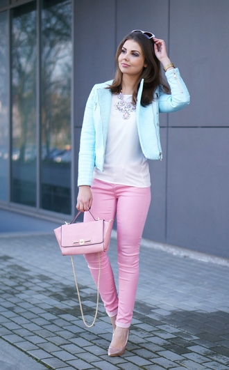 a piece of anna blogger spring outfits pink bag blue jacket
