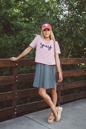 cara loren blogger top dress shoes hat bag red hat tumblr baseball cap cap t-shirt stripes striped t-shirt