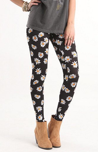 Nollie daisy print leggings at pacsun.com