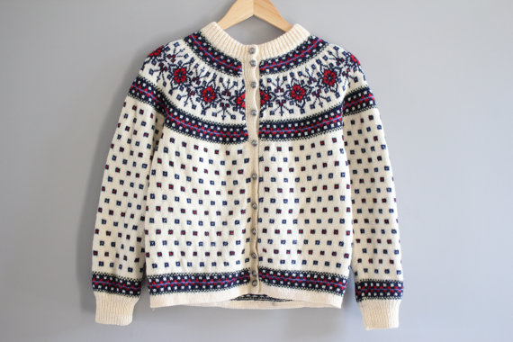 Free Shipping Classic DENMARK Paul Mage hand made 100% wool floral pattern sliver button cream knit Nordic ski cardigan small medium