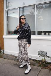 elif filyos,blogger,shoes,jacket,dress,belt,bag