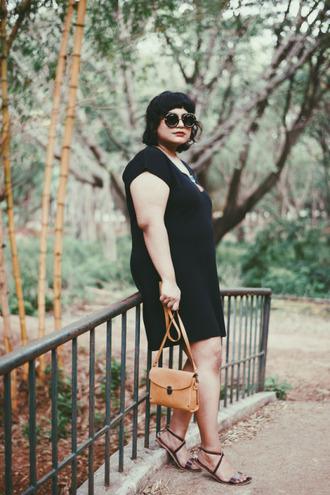 curiousfancy blogger dress sunglasses jewels bag shoes